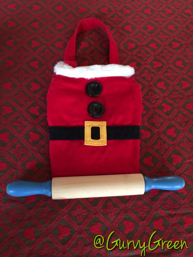 Grab your apron and rolling pin to bake away & create some yummy cookies for Santa!